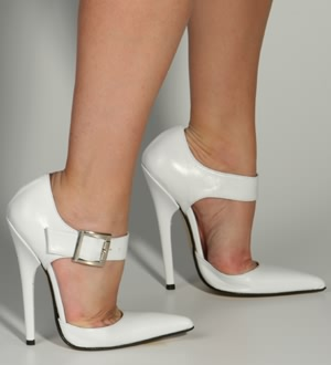 White Pumps Ancilia