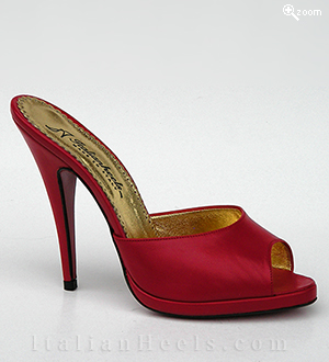 Red Slippers Ferdinanda